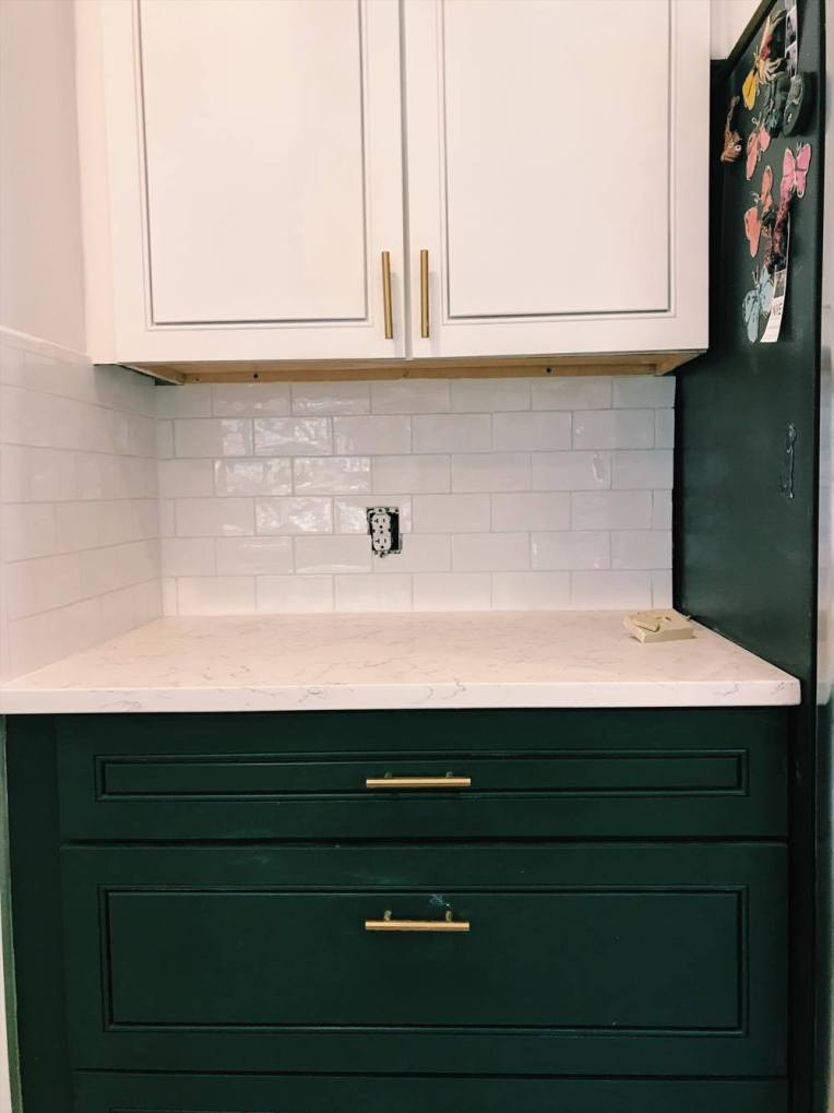 one room challenge backsplash